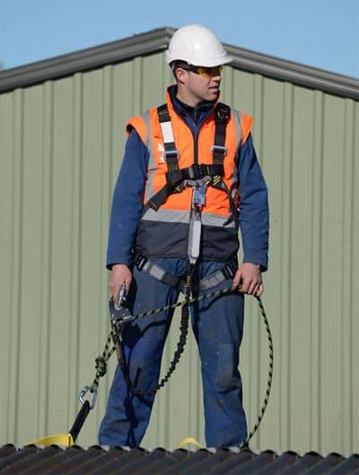 Servicio de mantenimiento de cubiertas